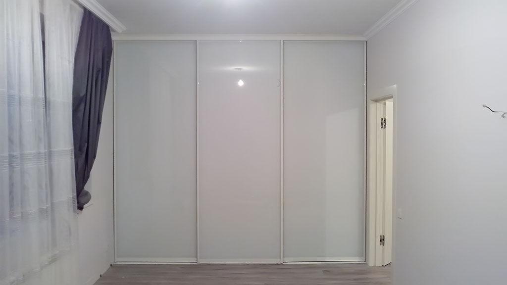 Белые двери купе мебель на заказ от производителя в москве -.